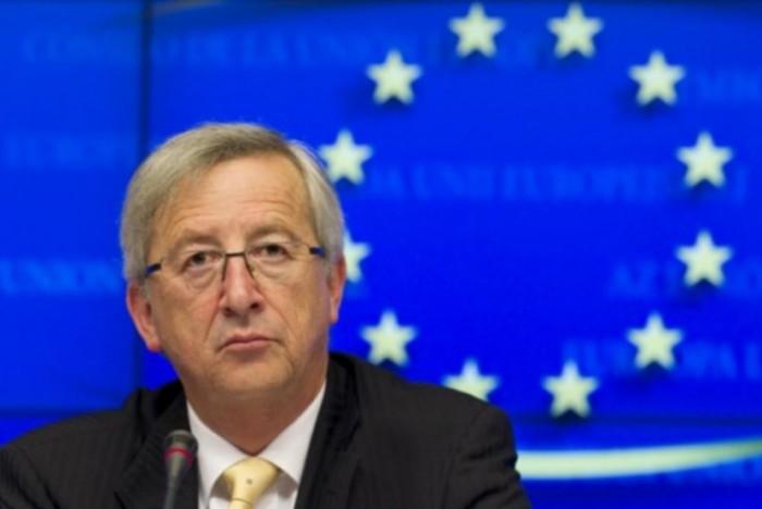 Manovra italiana bocciata da Junker. L'UE non può approvare ma l'esecutivo è irremovibile