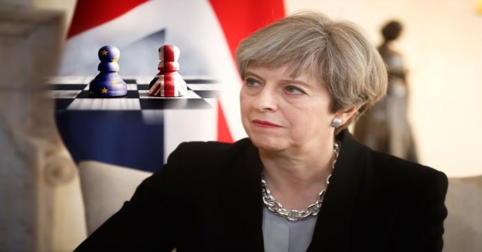 Brexit: possibile voto di sfiducia per la May