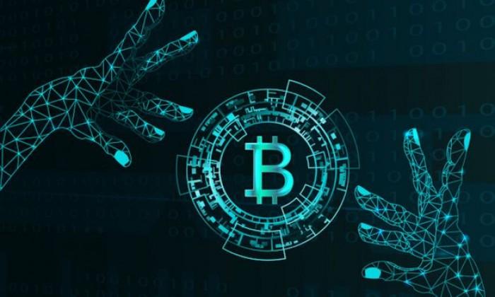 Ethereum Classic sotto attacco hacker su Coinbase: crollano BTC, ETH, XRP e Bitcoin Cash
