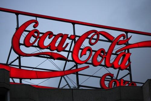 Azioni Coca Cola: è crollo record a Wall Street. Tutti i motivi del sell-off