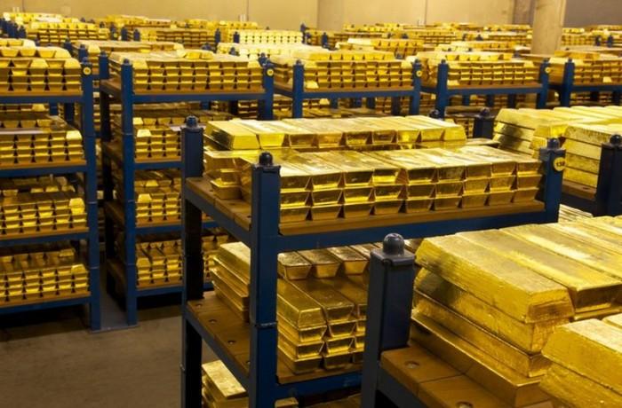 Vendere l'oro della Banca d'Italia per tamponare il debito? Ma se non si sa neppure di chi sono i lingotti!