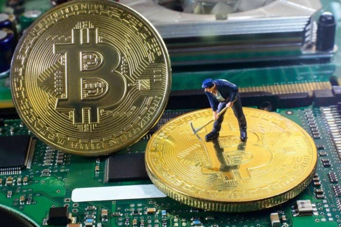 Bitcoin pronto a danzare: target prezzi fissato a 50000 USD è manna per tori