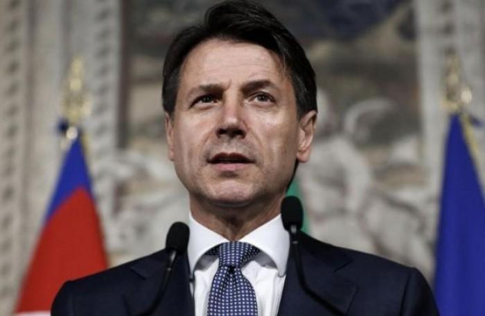 Conte convoca conferenza stampa via Twitter. Critiche da PD e Forza Italia