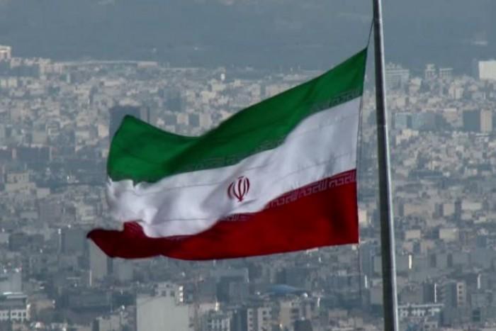 Gli USA calpestano gli accordi sul nucleare e minacciano l'Iran. L'Europa sta a guardare