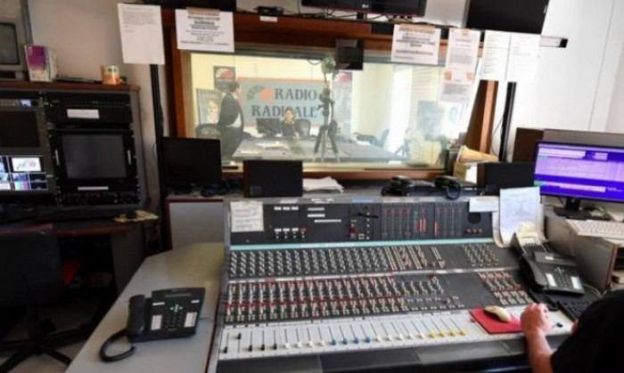 La Lega salva Radio Radicale e vota insieme al PD regalando 3 milioni di euro