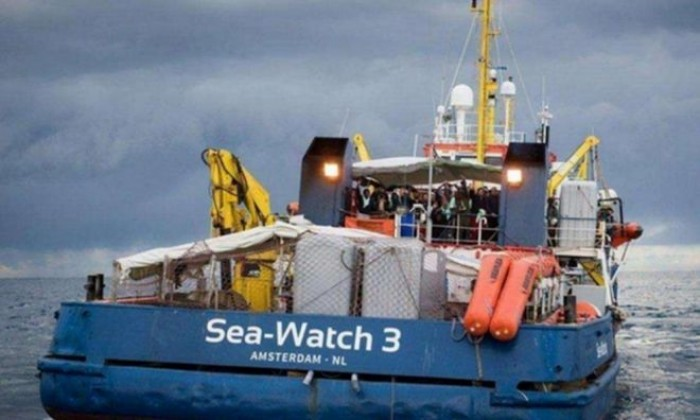 Sea Watch fermata dal Decreto Sicurezza bis. Il Tar impedisce alla ong di sbarcare i clandestini a Lampedusa
