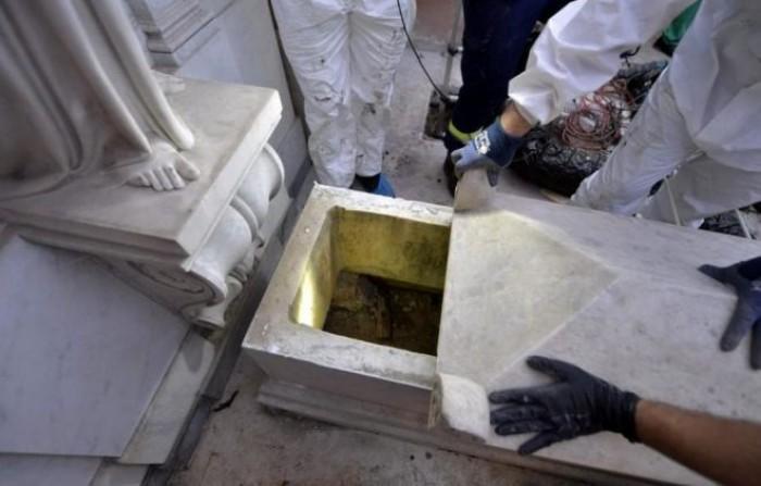 Caso Orlandi, le tombe del cimitero Teutonico aperte dal Vaticano trovate vuote, molti i punti da chiarire