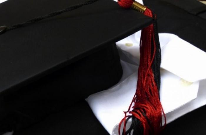 Con la laurea si trova lavoro più facilmente? Ecco cosa dicono i dati della Cgil