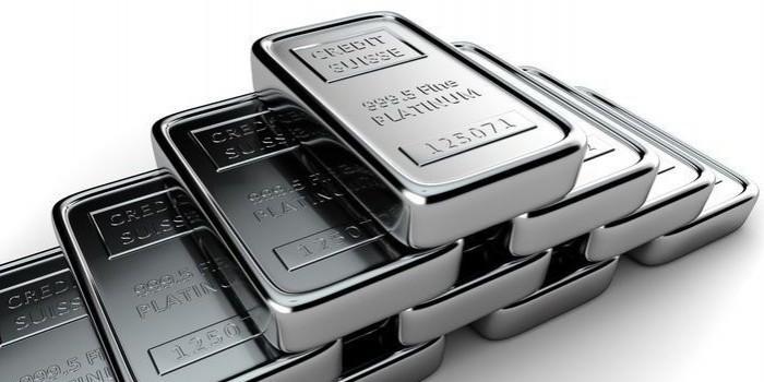 Previsioni prezzo platino battono previsioni palladio: rivoluzione sui metalli preziosi