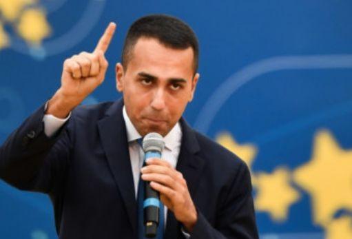 Crisi di governo, Salvini torna con Berlusconi e il Pd si spacca