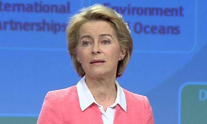Commissione Ue, Ursula Von der Leyen ha tre dei suoi indagati