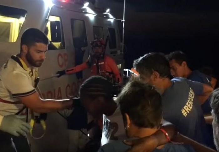 Immigrazione, Eleonore sbarca i migranti a Pozzallo violando il divieto e finisce sotto sequestro