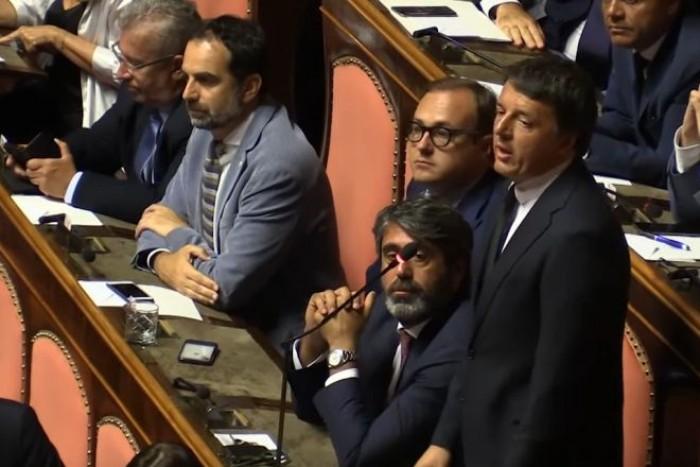 Soldi ai comitati di Renzi dal mondo della finanza ma anche dai parlamentari