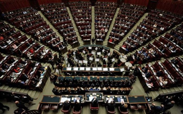 Taglio dei parlamentari e nuova legge elettorale, l'ultimatum di Luigi Di Maio