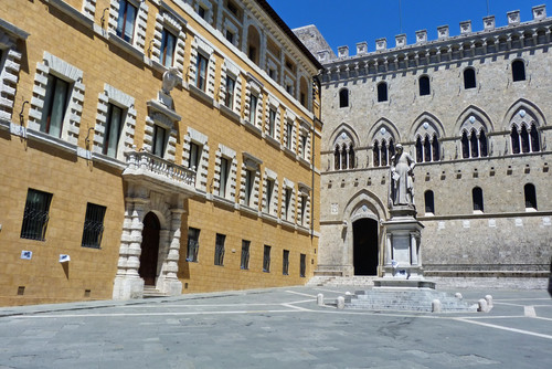 MPS farà partire fusioni tra banche italiane ma prima nodo crediti deteriorati