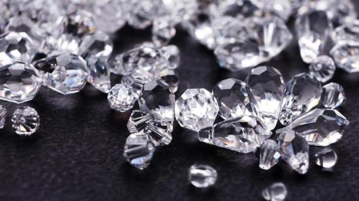 Truffa diamanti: inchiesta chiusa, regali e doni a dirigenti di banche coinvolte