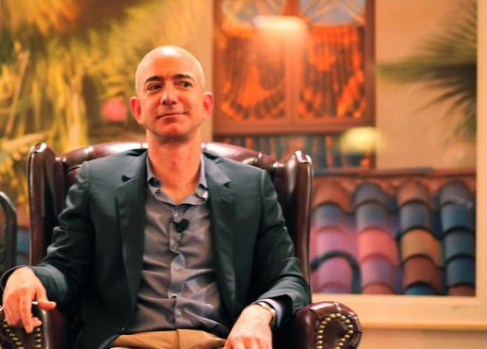 Bill Gates supera Jeff Bezos e diventa l'uomo più ricco del mondo
