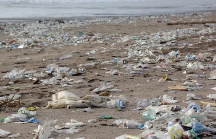 Manovra economica 2020 e svolta green: ecco perché la Plastic Tax non funzionerà