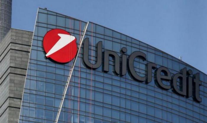 Banca Unicredit pronta a lasciare a casa 8.000 dipendenti entro il 2023
