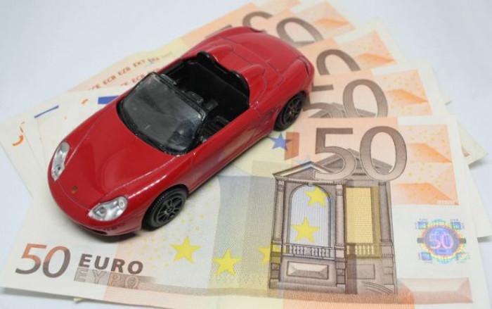 Bollo auto: dal 2020 si paga online ma costa di più