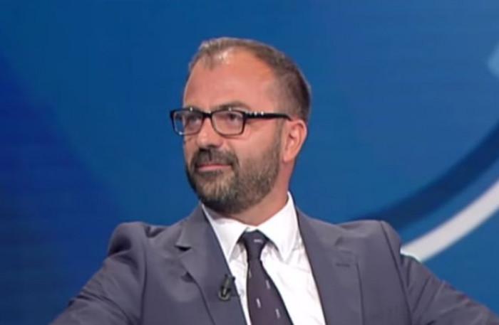 Si dimette il ministro dell'Istruzione Lorenzo Fioramonti. Per lui