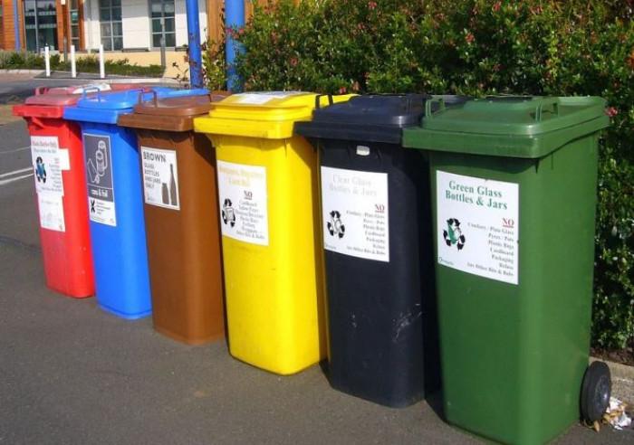 Decreto Fiscale 2020, novità sulla Tari: ecco chi deve pagare la tassa sui rifiuti e da quando