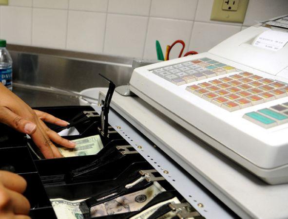 Nel decreto fiscale anche lo scontrino elettronico e da luglio arriva la lotteria