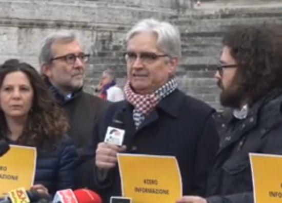 Taglio dei parlamentari: i Radicali raccolgono solo 669 firme e puntano il dito contro i media