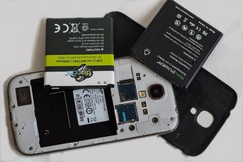 Batterie rimovibili per gli smartphone: potrebbero ritornare