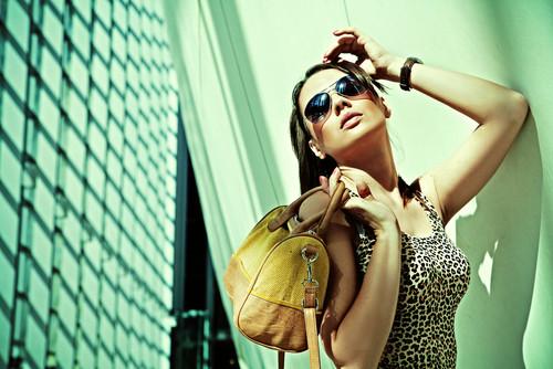 Investire nei brand del lusso o comprare abiti griffati? Ritorni degli investimenti dopo 5 anni