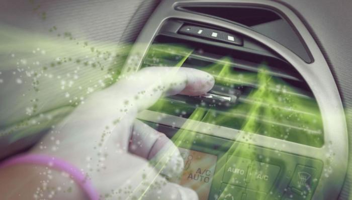 Coronavirus: come sanificare l'auto