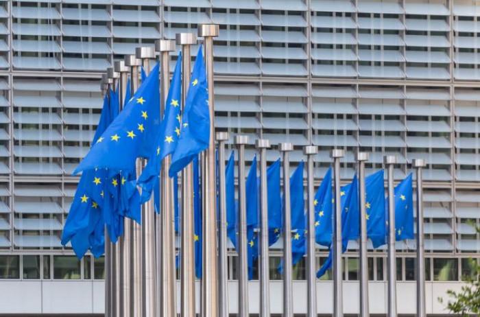 Decreto Liquidità, arriva l'Ok della Commissione Ue. Online il modulo per prestiti fino a 25 mila euro