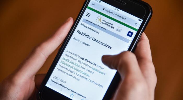 Immuni: l'app per aiutarci contro il coronavirus. Privacy a rischio?