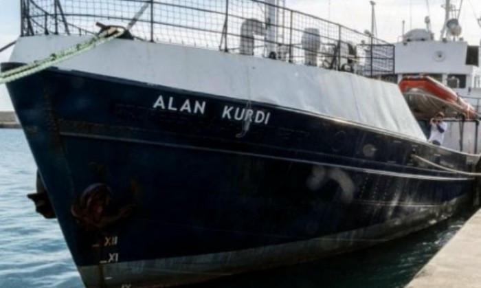 Migranti, l'Italia cessa di essere un porto sicuro, 4 ministri firmano il decreto