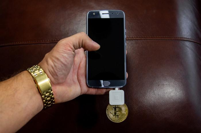 Prelievo forzoso dai conti correnti: è possibile con Bitcoin e criptovalute?