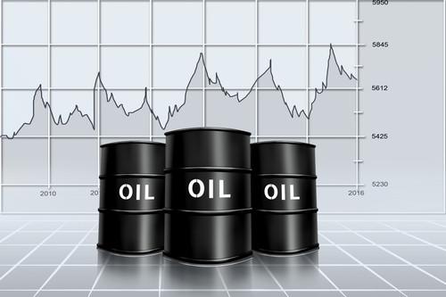 Prezzo petrolio oggi sale: come investire su WTI e Brent?