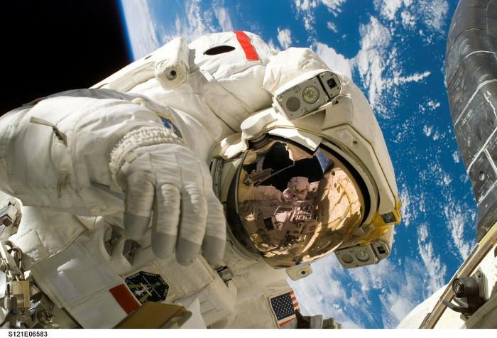 Investire nella ricerca spaziale? Ecco 3 titoli che fanno al tuo caso
