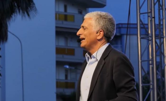 La Calabria reintroduce il vitalizio, un solo giorno da consigliere per maturare l'assegno