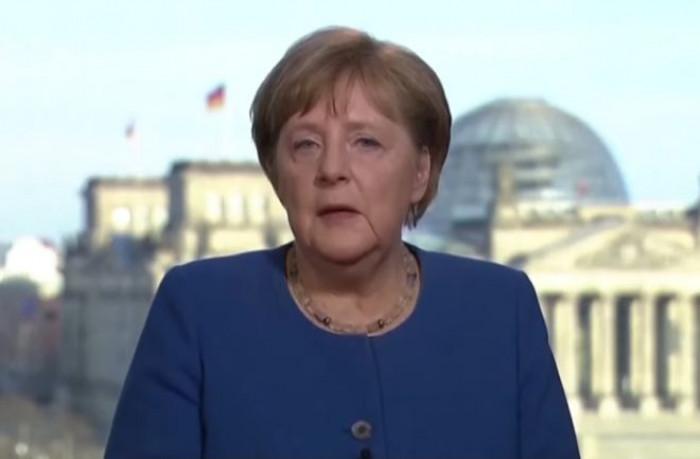 Merkel all'Italia:
