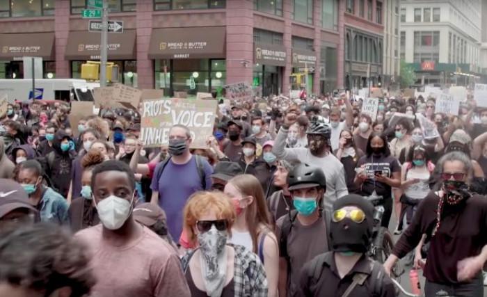 Usa, continuano le proteste, ecco quali saranno le conseguenze sui mercati secondo gli analisti