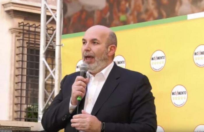 Alleanza Pd-M5s salta per le regionali in Puglia e nelle Marche