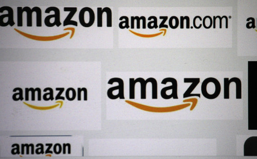 Comprare azioni Amazon o Apple: testa a testa per arrivare primi a 100 mld di fatturato