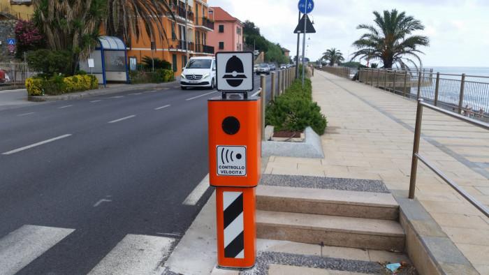 Autovelox anche in città: cambia il Codice della Strada