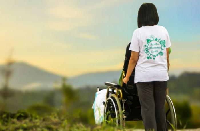 Congedo straordinario Inps 2020: fino a 100 euro al giorno per assistere un familiare disabile
