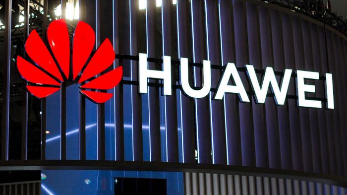 Huawei: cosa succederà agli smartphone dopo l'addio ad Android