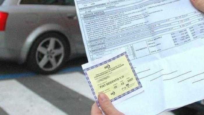 Assicurazione auto falsa: come scoprire e difendersi