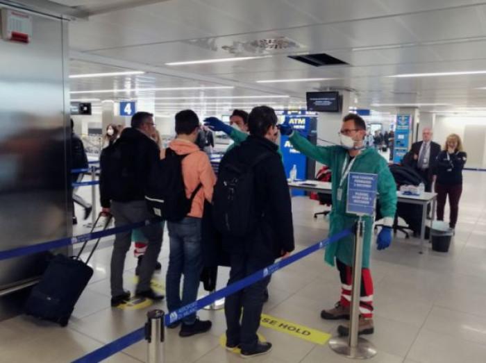 Coronavirus: l'Italia verso lo scenario 4 e cinque regioni rischiano già il lockdown, ecco quali