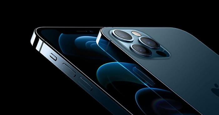 iPhone 12: nuova tecnologia MagSafe. Boom di vendite al lancio