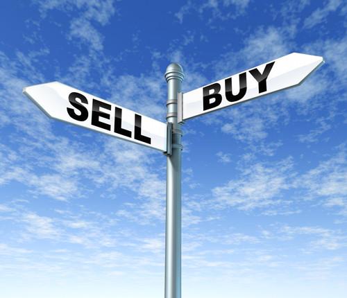 Azioni da comprare e vendere con l'arrivo del vaccino Pfizer
