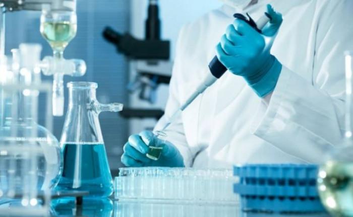 Vaccino Covid, medici statunitensi chiedono trasparenza sugli effetti collaterali